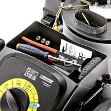 Мойка высокого давления Karcher HDS 8/18-4 C в сером цвете